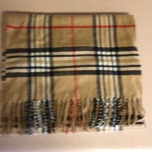 Accessories - Nova Check print Burberry like scarf